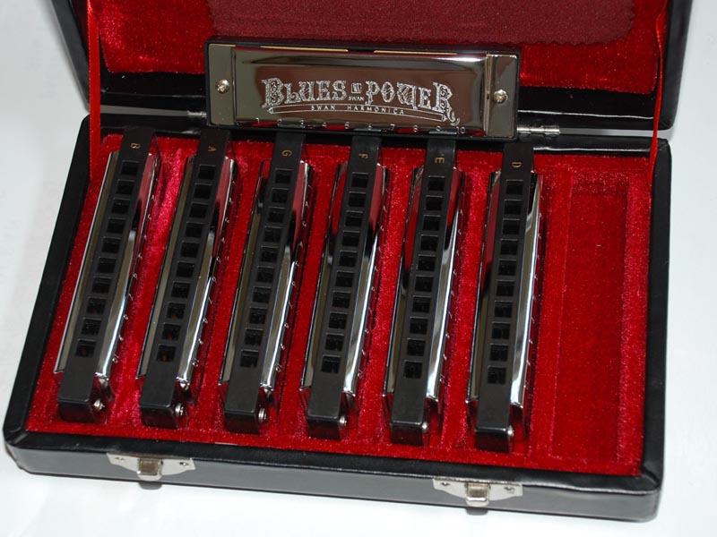 Blues Deluxe Set: 10 hole 20 tone - 7 harmonicas in a set - Click Image to Close