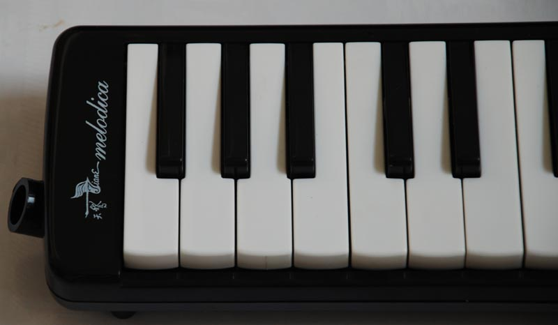 SWAN 37 key melodica - Black - Click Image to Close